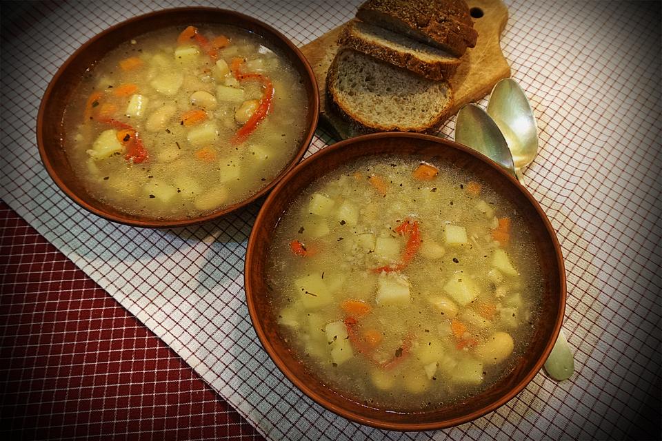 Овочева зупа, з корінців. Zupa korzenna.