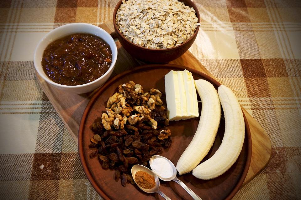 Вівсяне печиво, з мармолядою, бананом і бакаліями