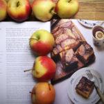 Сирник з карамелізованими яблуками від Олі Геркулес