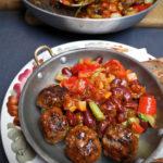 Кьофте (ґуґлики) з яловичини, з городиною та квасолею чілі
